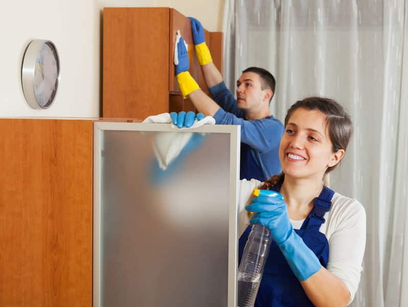 Five jobs for your office spring cleaning list